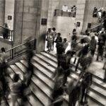 stappenteller druk mensen trap
